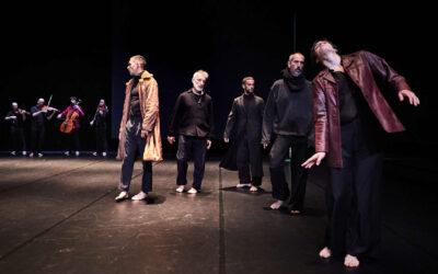 Mal Pelo estrena 'Highlands' al Mercat de les Flors, un gran espectacle amb 16 artistes