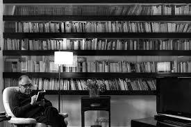El Liceu acull un acte en record al poeta Joan Margarit, on també es presentarà la seva obra inèdita