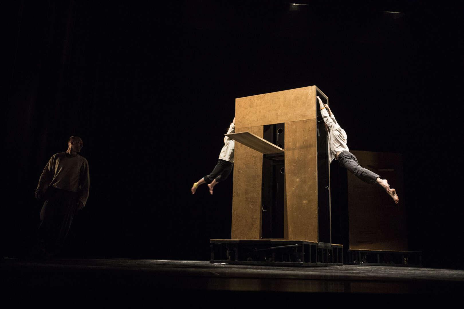 La comanyia de Circ 'Eia' estrena al Grec